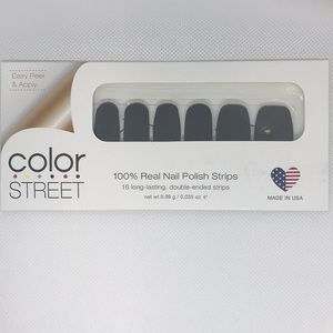 Color Street Nail Strips - Midnight in Manhattan